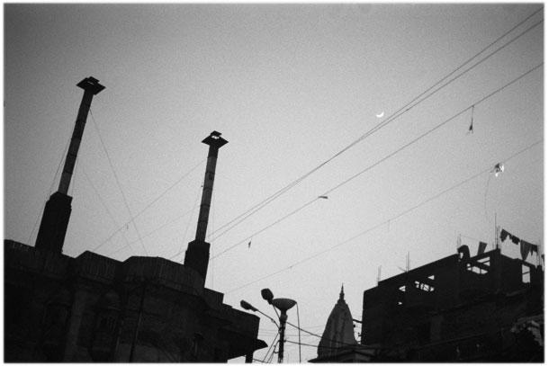 India, the night of Varanasi