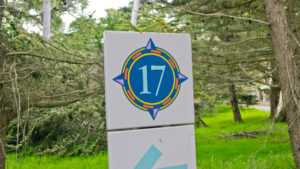 17-mile drive sign